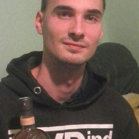 Norbert, 28 éves társkereső férfi - Decs