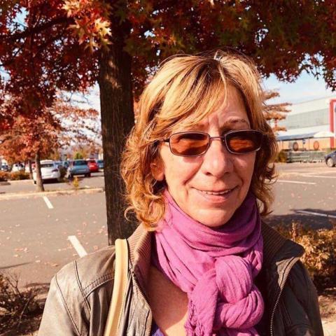 Nóra, 61 éves társkereső nő - Miskolc