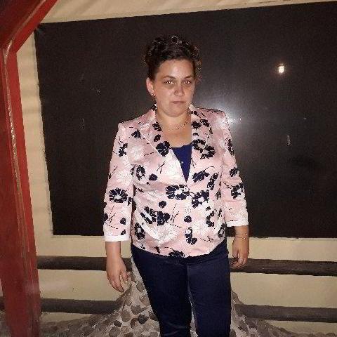 Viktória, 38 éves társkereső nő - Miskolc