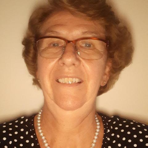 Ili, 66 éves társkereső nő - Pécs