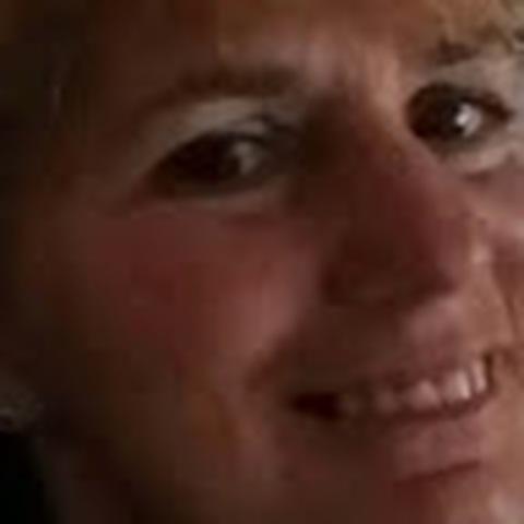 Gabi, 55 éves társkereső nő - Bocskaikert
