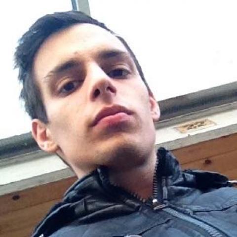 Milán, 24 éves társkereső férfi - Paks