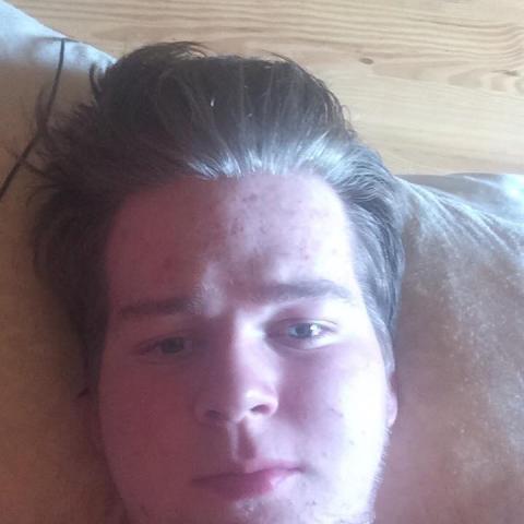 Martin, 21 éves társkereső férfi - Szilsárkány