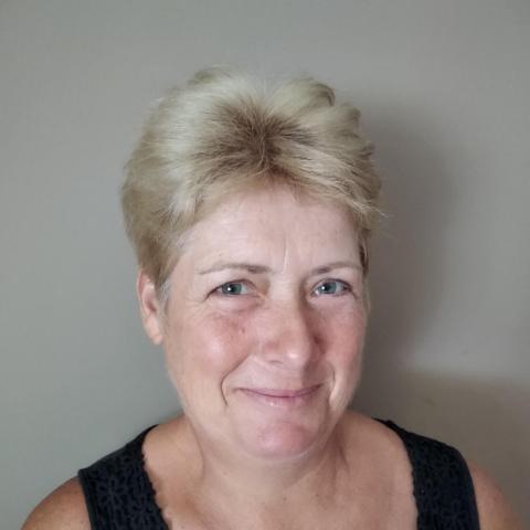 Bori, 53 éves társkereső nő - Vasboldogasszony