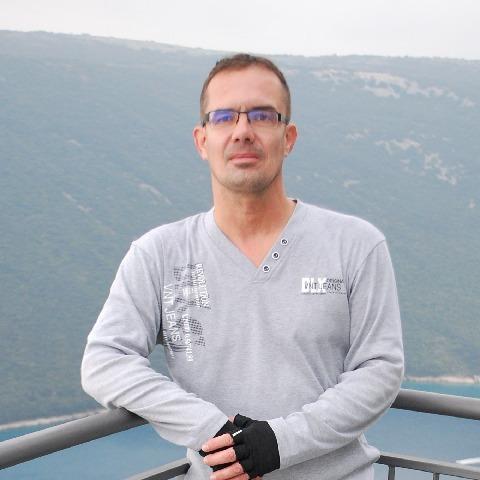 Béci, 47 éves társkereső férfi - Oroszlány