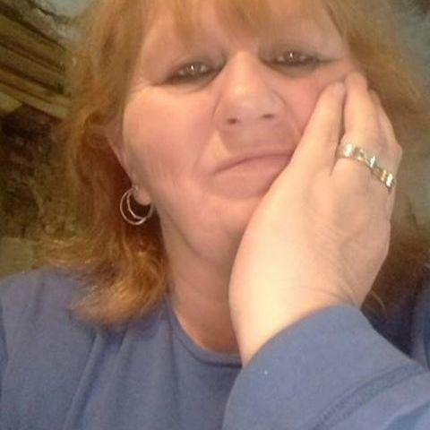 Éva, 58 éves társkereső nő - Vál