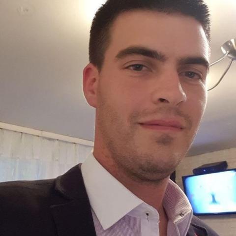 Krisztián, 31 éves társkereső férfi - Szekszárd