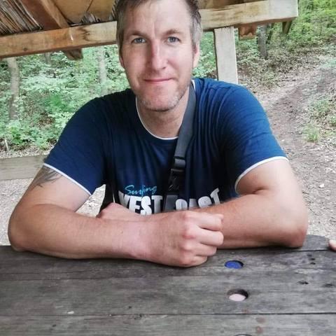 Laszlo, 37 éves társkereső férfi - Edelény