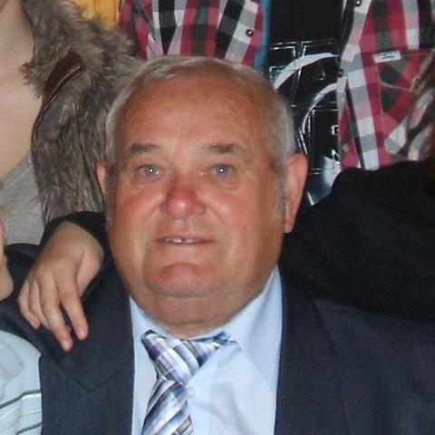 József, 77 éves társkereső férfi - Siófok