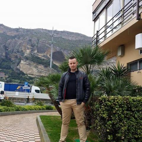 Ádám, 31 éves társkereső férfi - Miskolc