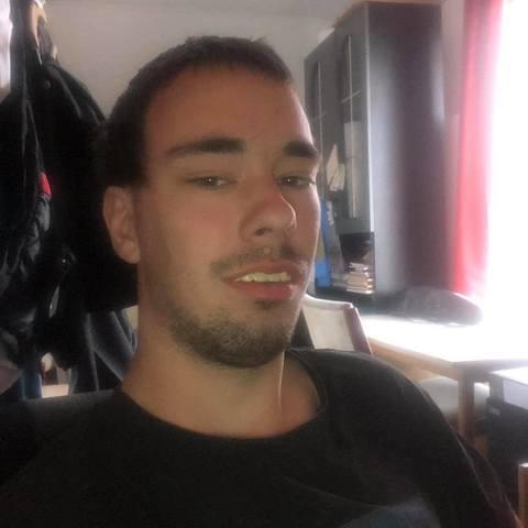 Dávid, 26 éves társkereső férfi - Ercsi