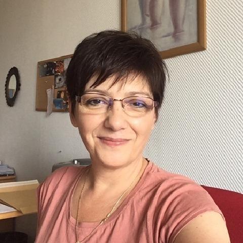 Andi, 54 éves társkereső nő - Debrecen