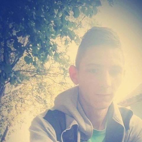 Zoli, 25 éves társkereső férfi - Gárdony
