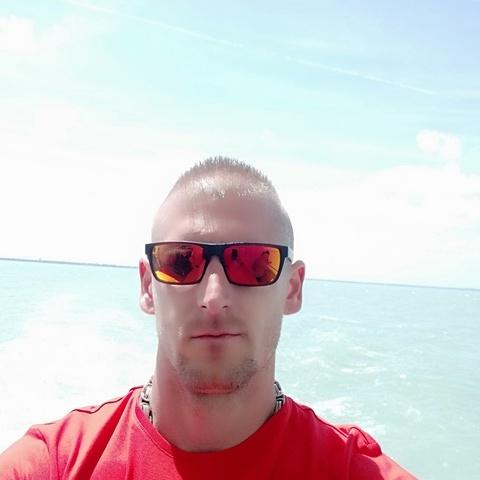 Zoli, 34 éves társkereső férfi - Lőrinci