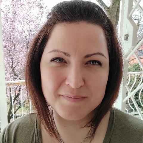 Karolina, 42 éves társkereső nő - Balatonalmádi