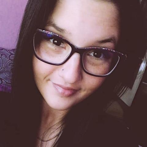 Viki, 24 éves társkereső nő - Hódmezővásárhely