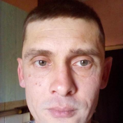 Gyuri, 45 éves társkereső férfi - Tatabánya