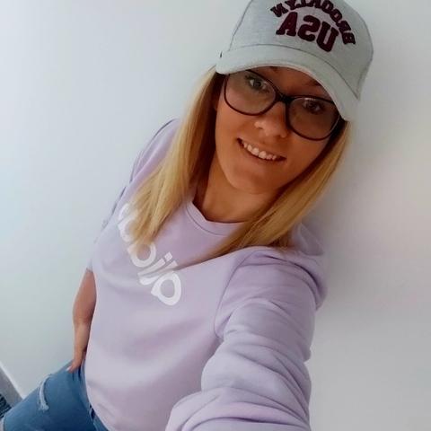 Evelin, 27 éves társkereső nő - Várpalota