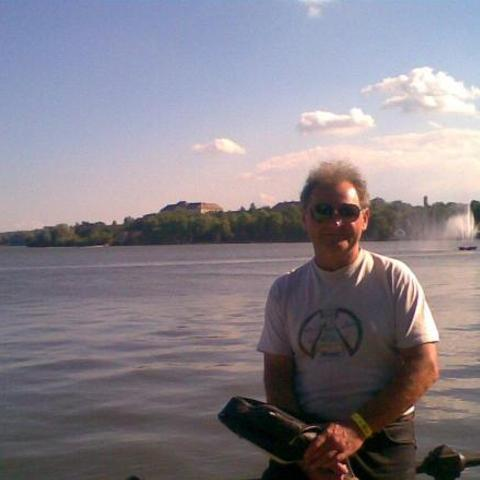 József, 61 éves társkereső férfi - Oroszlány