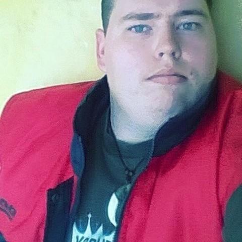 Krisztián, 21 éves társkereső férfi - Köröstarcsa