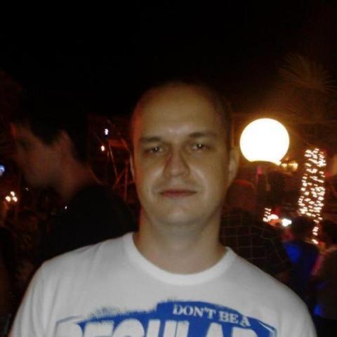 Péter, 39 éves társkereső férfi - Zalaegerszeg