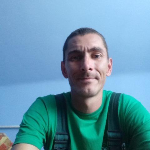 Tibor, 37 éves társkereső férfi - Újtikos