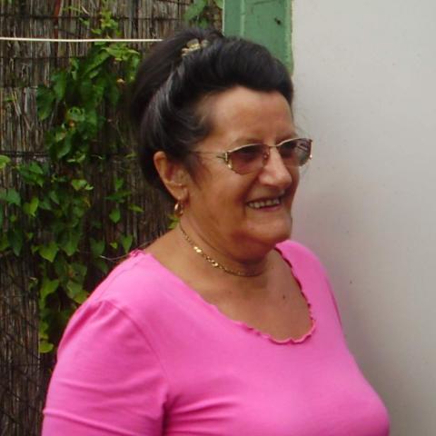 Erzsébet, 70 éves társkereső nő - Győr