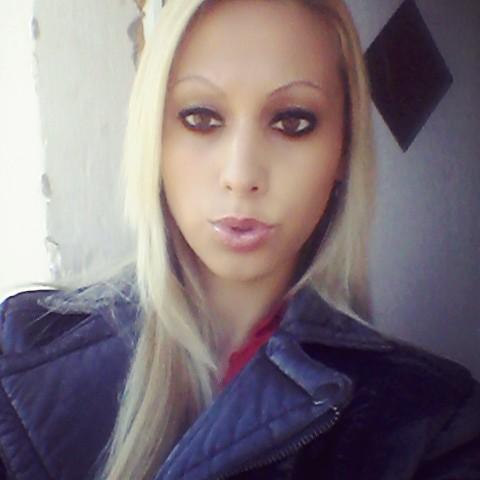 Gina, 26 éves társkereső nő - Paks
