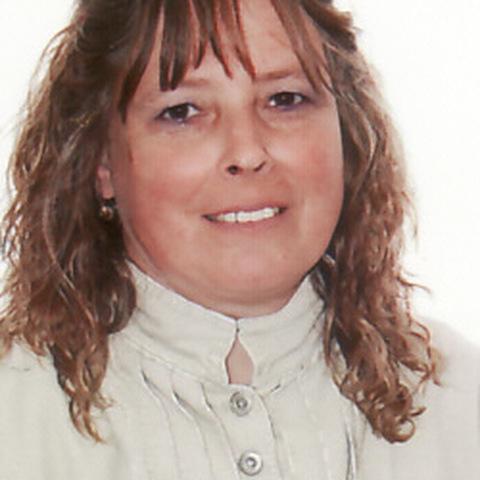 Ildikó, 58 éves társkereső nő - Szeged