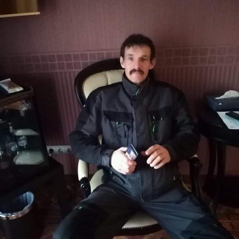 Attila, 45 éves társkereső férfi - Eger