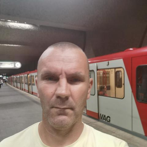 Roland, 35 éves társkereső férfi - Miskolc