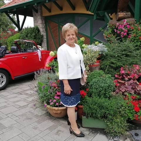 Hortenzia, 57 éves társkereső nő - Ajka