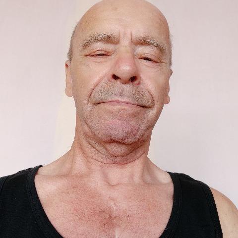 Tibor, 69 éves társkereső férfi - Szombathely
