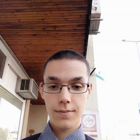 Tamás, 22 éves társkereső férfi - Beszterec