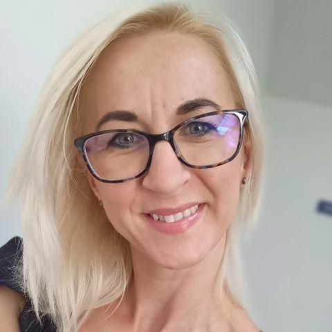 Enikő, 35 éves társkereső nő - Dunakeszi