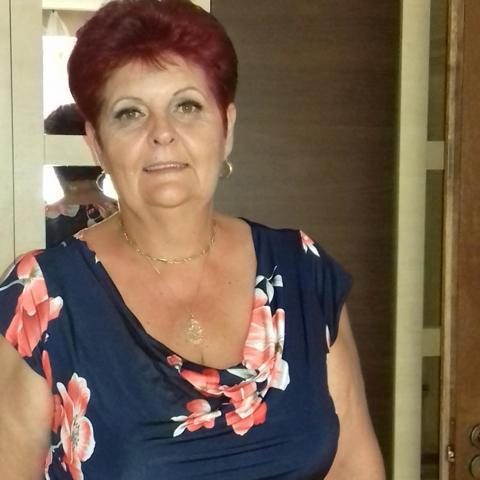 Erika, 59 éves társkereső nő - Tatabánya