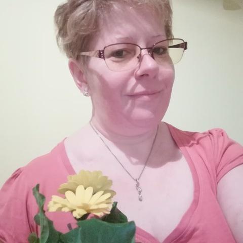 Enikő, 44 éves társkereső nő - Jászkisér