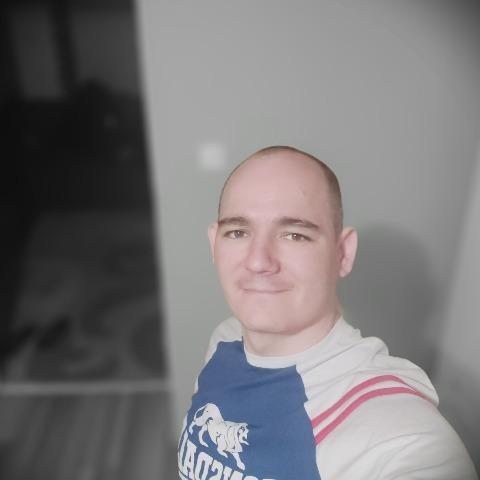 Tomi, 38 éves társkereső férfi - Kisbágyon