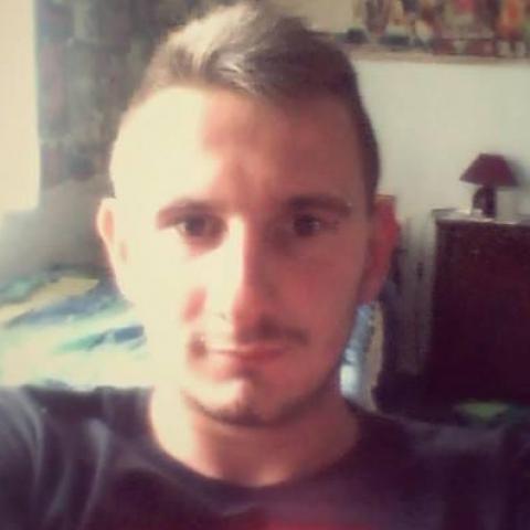 Zsolti, 24 éves társkereső férfi - Dévaványa