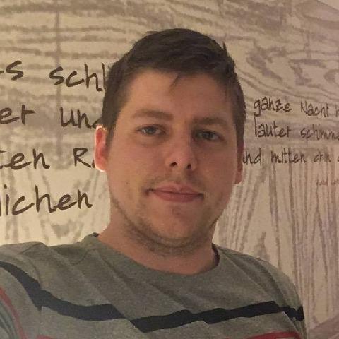 Péter, 27 éves társkereső férfi - Miskolc