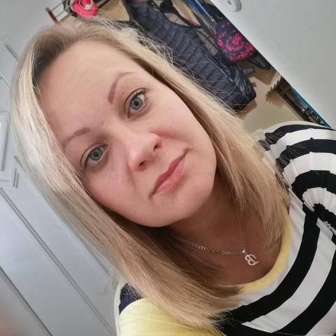 Bea, 31 éves társkereső nő -