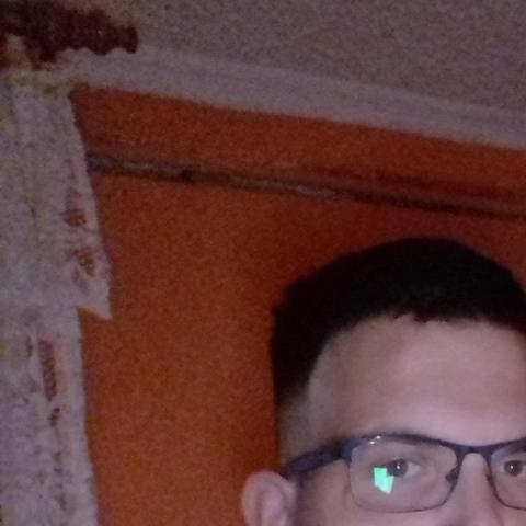 János, 23 éves társkereső férfi - Hajdúhadház