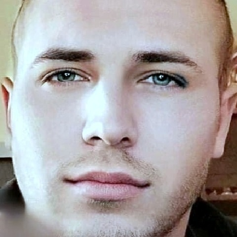 Daniel, 24 éves társkereső férfi - Királd