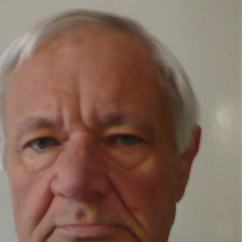 Emil, 66 éves társkereső férfi - Miskolc
