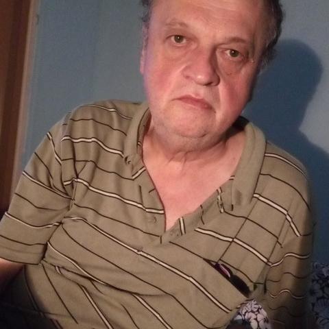 Tibor, 63 éves társkereső férfi - Dunaújváros
