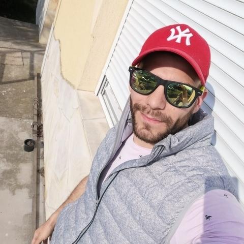 Ádám, 27 éves társkereső férfi - Keszthely