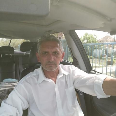 András, 54 éves társkereső férfi - Sarud