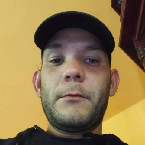 Tibi, 35 éves társkereső férfi - Csabacsűd