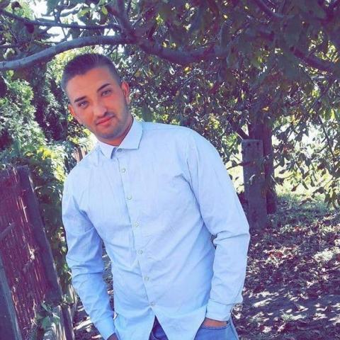 József, 22 éves társkereső férfi - Tetétlen