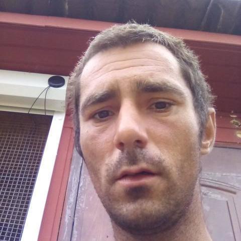 Zoltán, 30 éves társkereső férfi - Pázmánd